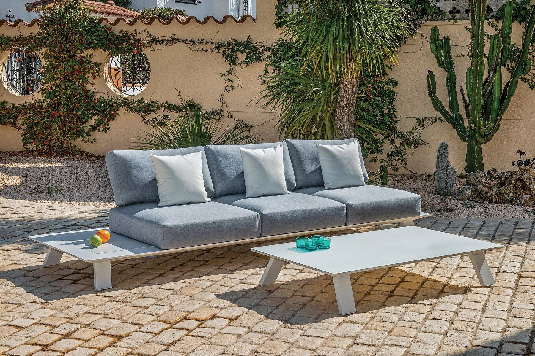 Salon de jardin modulable en aluminium et acrylique ...
